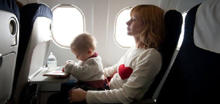 viajar bebes niños viva air