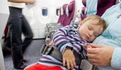 viajar con bebes o niños viva air